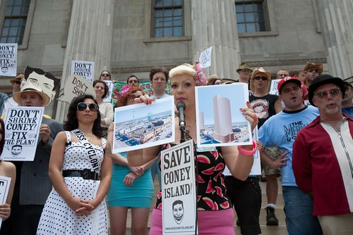 World Famous Bob Speaking at Save Coney Island Rally, Brooklyn Borough Hall. Photo © jane_jacobs_saves_coney via flickr