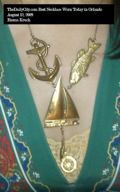 8-11-09-best-necklace-ek