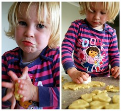 Creating (Hay Morris) Tags: cooking baking dough sienna cutting mixture shaping squeezing unschool lemonshortbread
