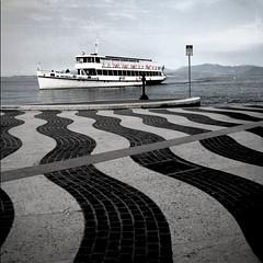 waves (karin brigitta) Tags: italy lago italia italie gardalake lagodigarda lazise
