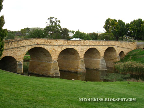 AD1823 Richmond bridge