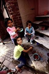 evcilik (nilgun erzik) Tags: turkey türkiye istanbul turkei fenerbalat fotografkıraathanesi fotografca biyerlerde eylul2009