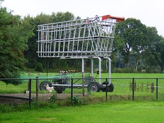 The Giant V8 Trolley (Davydutchy) Tags: holland netherlands giant trolley engine nederland shoppingcart supermarket september motor 2009 v8 friesland kar einkaufswagen supermarkt jubbega winkelwagen frysln winkelwagentje winkelkar indkbsvogn jobbegea schurega