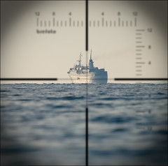 Up Periscope! (Breff) Tags: cruise sea water mediterranean ship horizon corsica adriana submarine target uboat torpedo tpc periscope crosshairs lacorse tpcu13 tpcu13l2
