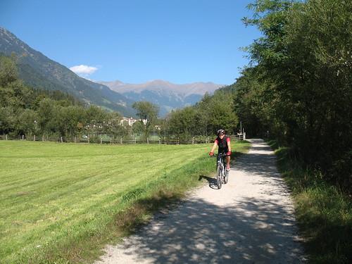 Der Fahrradweg von Meran in das Passeiertal ist durchwegs eben und speziell im Hinteren Passeiertal einzigartig