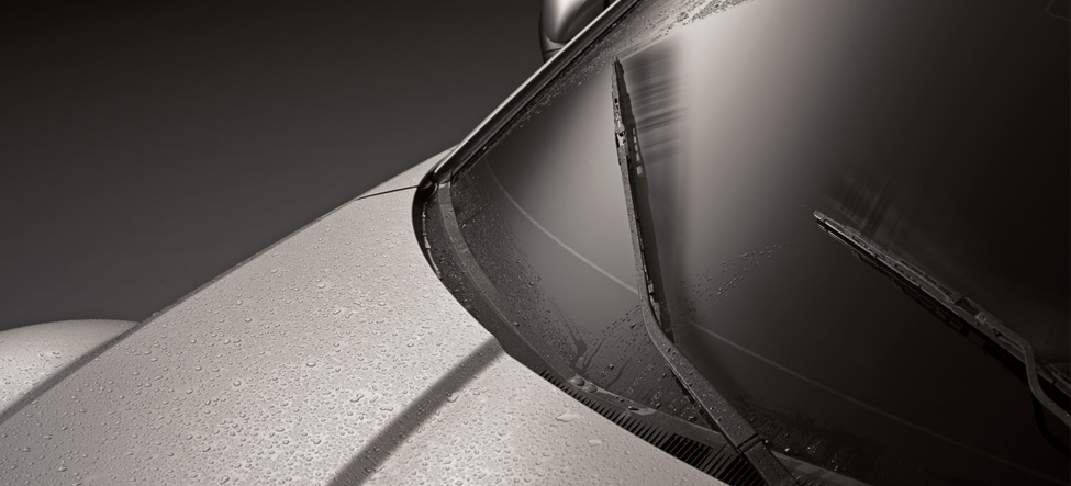 Rain-sensing windshield wipers Mazda RX-8