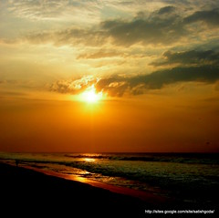 At Daybreak (satishgoda) Tags: ocean morning sun sunrise star shoreline vizag
