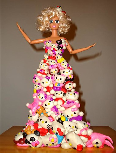 Hello Kitty Dress Lady Gaga. Lady Gaga Hello Kitty plush
