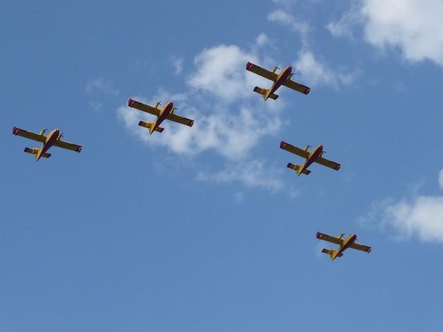 Planes over Trogir