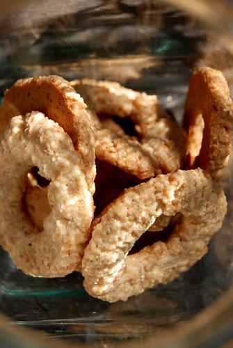 Amaretti Crisps