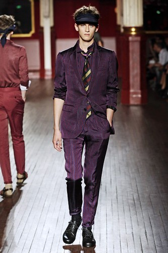 Eugen Timofejev312_SS10_Paris_Lanvin(first VIEW)