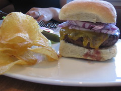 Coco500 in San Francisco - Burger and chips