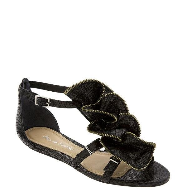 Pour la Victoire Ella zip ruffle flat sandal 3