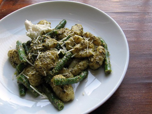 Creamy Pesto Gnocchi with Green Beans