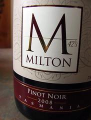 MILTON PINOT NOIR 2008