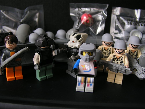Hazel custom minifigs on show