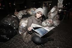 trs(h) chic (sonny servalsanti | porndramaphotographer) Tags: aurora mmlima trschic trashchic paperandnewspaper indecisotraqueltitoloetrashquotidiano