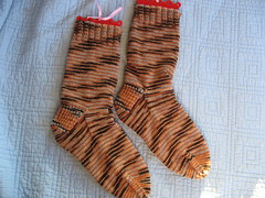 Boomerang Cinnamon Socks Finished