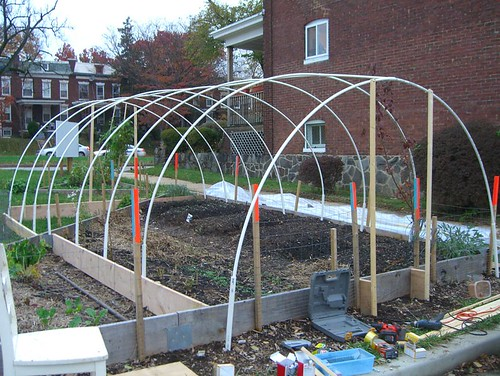 09 11 14-15 Tinges Common hoop house construction 05.jpg