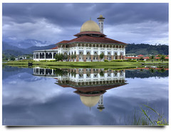 Happy Friday ;) (AnNamir c[_]) Tags: morning reflection canon kitlens kuala dq hdr kubu 500d mrsm jakim kualakubu cermin photomerged tenang worldwork pecah photomalaysiacom plkn kkb vertorama ikbn annamir darulquran puteracom dqkkb sahabatsejati getokubicom digitalmukmin iluvislamcom paramangroup bharutasik huffazhuffaz lakeperkematmalaysiaampang