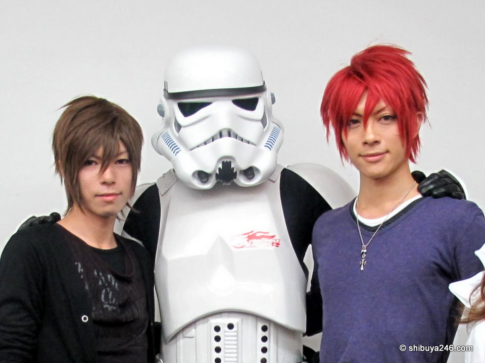 The Stormtrooper with KANAME-san.