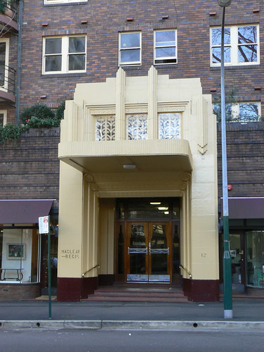 Macleay Regis, Potts Point