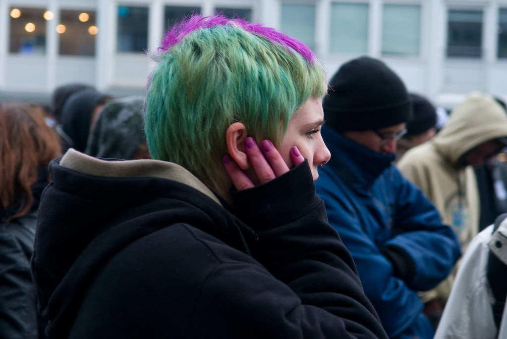 20100208_ENE_NaziProtest2