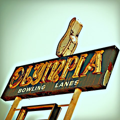 RUSTED OLYMPIA (FotoEdge) Tags: old usa beer sign hardware ancient shoes neon steel memories rusty balls stjoseph landmark olympus bowl pins tools missouri bowling olympia roadside peelingpaint bowlingalley flaking crusty strikes relic monumental spares fotoedge rustyrelic nwmissouri belthwy xz1 olympiabowling olympusxz1 rustybowl rustyolympia