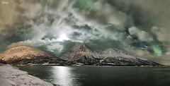 Norway (valero28) Tags: sergiovalero nikon d750 1424 noruega tromso aurora boreal northen lights nocturna cielo clouds largaexposición longexposure