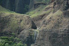 DSC_0234 (mjmermis) Tags: hawaii waterfall kauai napalicoast