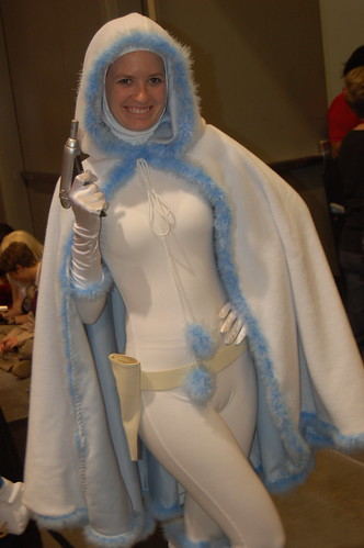 Comic Con 09: Snowbunny