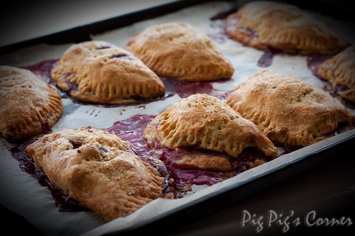 Gooseberries and blueberries turnovers 2