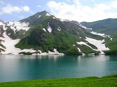 RARE VIEWS OF LAKE DOODI/DODI/DUDI PAT SAR KAGHAN, PAKISTAN (Extreme Pakistan) Tags: from trek top pat peaks seen noori doodi