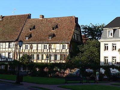 maisons au bord de la Lauter.jpg