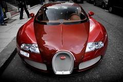 Bugatti Veyron (simons.jasper) Tags: road color beautiful car racecar sony fast special autos simons a100 supercars londen veyron nummerplaat specialcolor autogespot 1001pk spotswagens