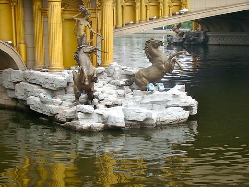 8 - una escultura