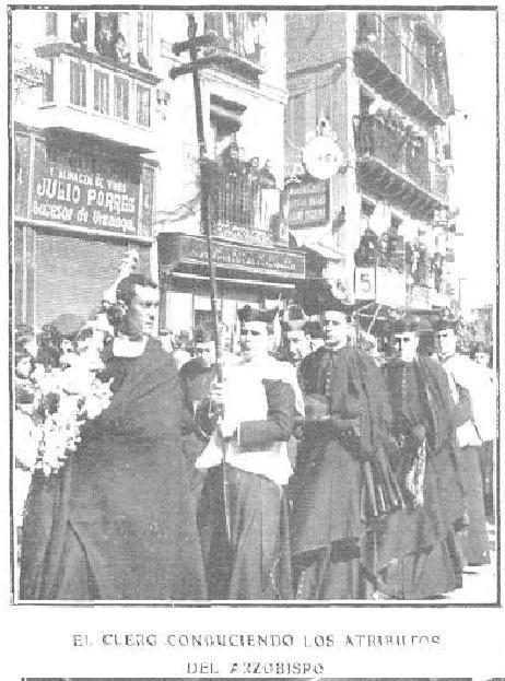 Entierro del Cardenal Sancha. Foto R. Cifuentes para revista Actualidades.