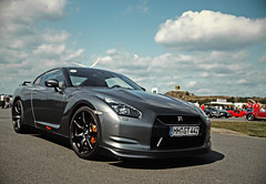 Nissan GT-R (nbb_photo) Tags: charity nissan event brake 35 2009 challenge disks brembo gtr embsen