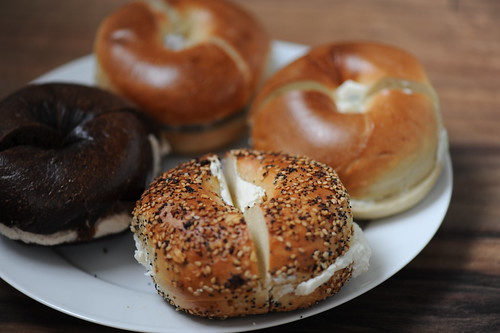A plate of bagels