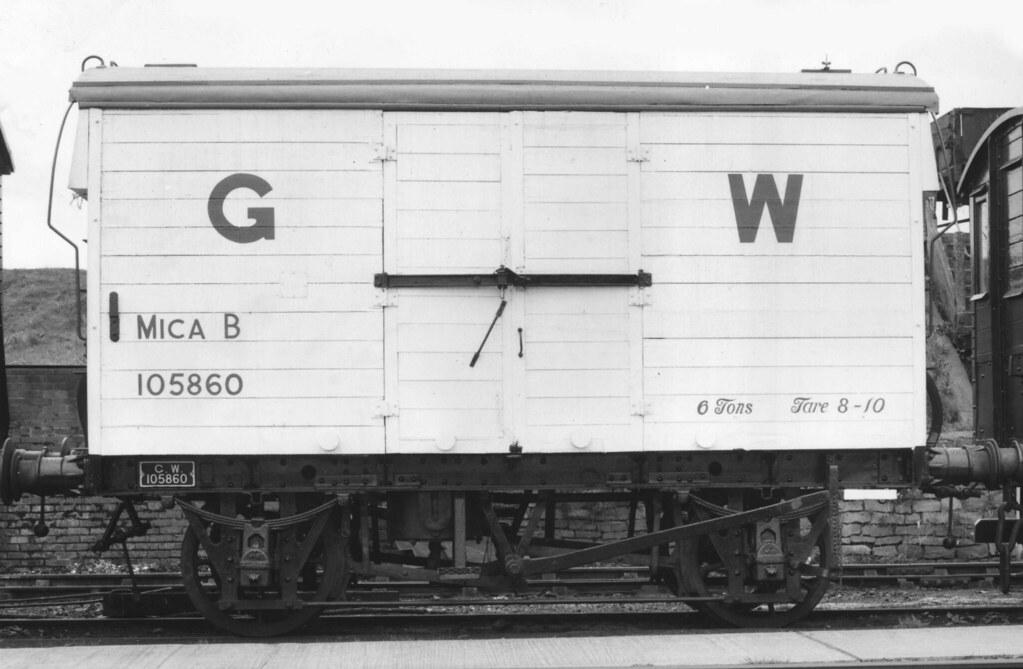 GWR 105860 'MICA B' Refrigerated Meat Van
