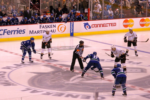 Canucks vs Ducks Dec 16, 2009