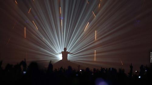 Worldview Live Wallpaper. Armin van Buuren live at
