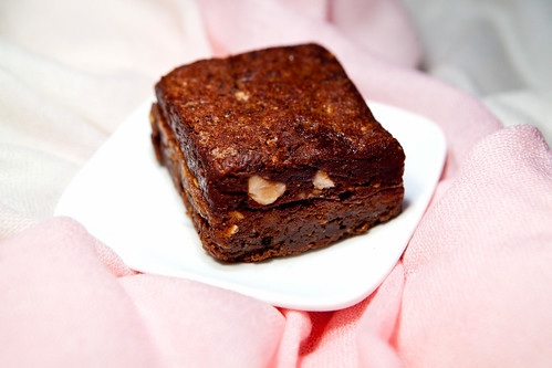 Praline stuffed brownie