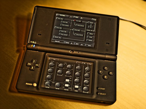 KORG DS-10 on Nintendo DSi