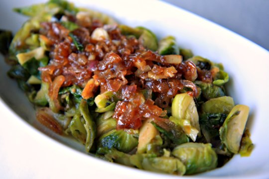Brussels Sprouts with Caramelized Shallots | TheNoshery.com | #Thanksgiving