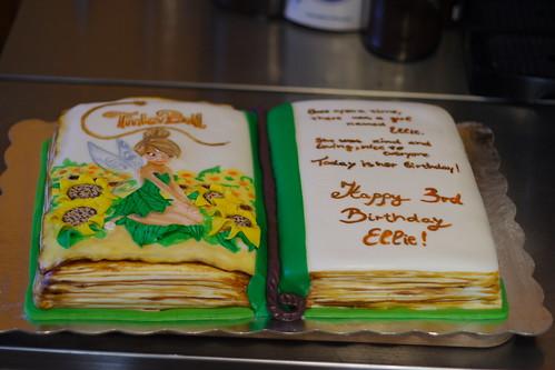 Ellies3rd Bday cake063