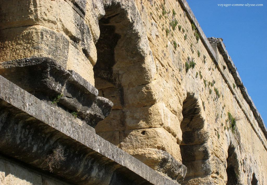 Aucun mortier n'a été utilisé pour construire l'aqueduc!