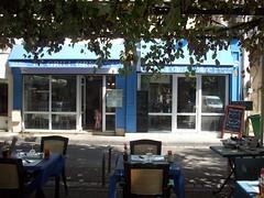 Restoranti grek, Tulon, Franc. (Only Tradition) Tags: france restaurant frankreich restaurante frana paca frankrijk provence francia franca 83 var toulon restorant pectopah franciaorszg  frana restoranti   restorancja