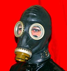 GASMASK-2 (horpach) Tags: fetish mask goggles rubber latex gasmask gummi maske fetisch gasmaske breathplay