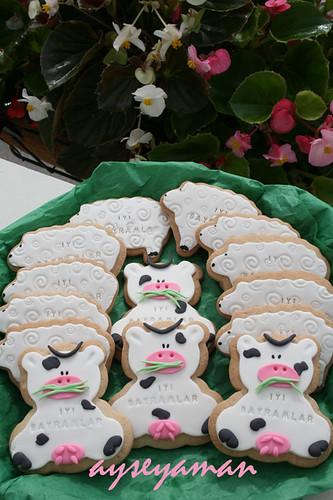 Şeker hamurlu Bayram kurabiyeleri